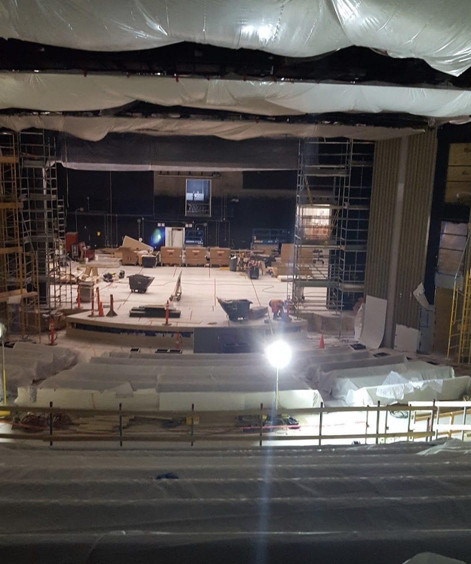 Divadlo Steva Jobse 5 - Podívejte se na vzhled divadla Steva Jobse ještě před prvním oficiálním otevřením!