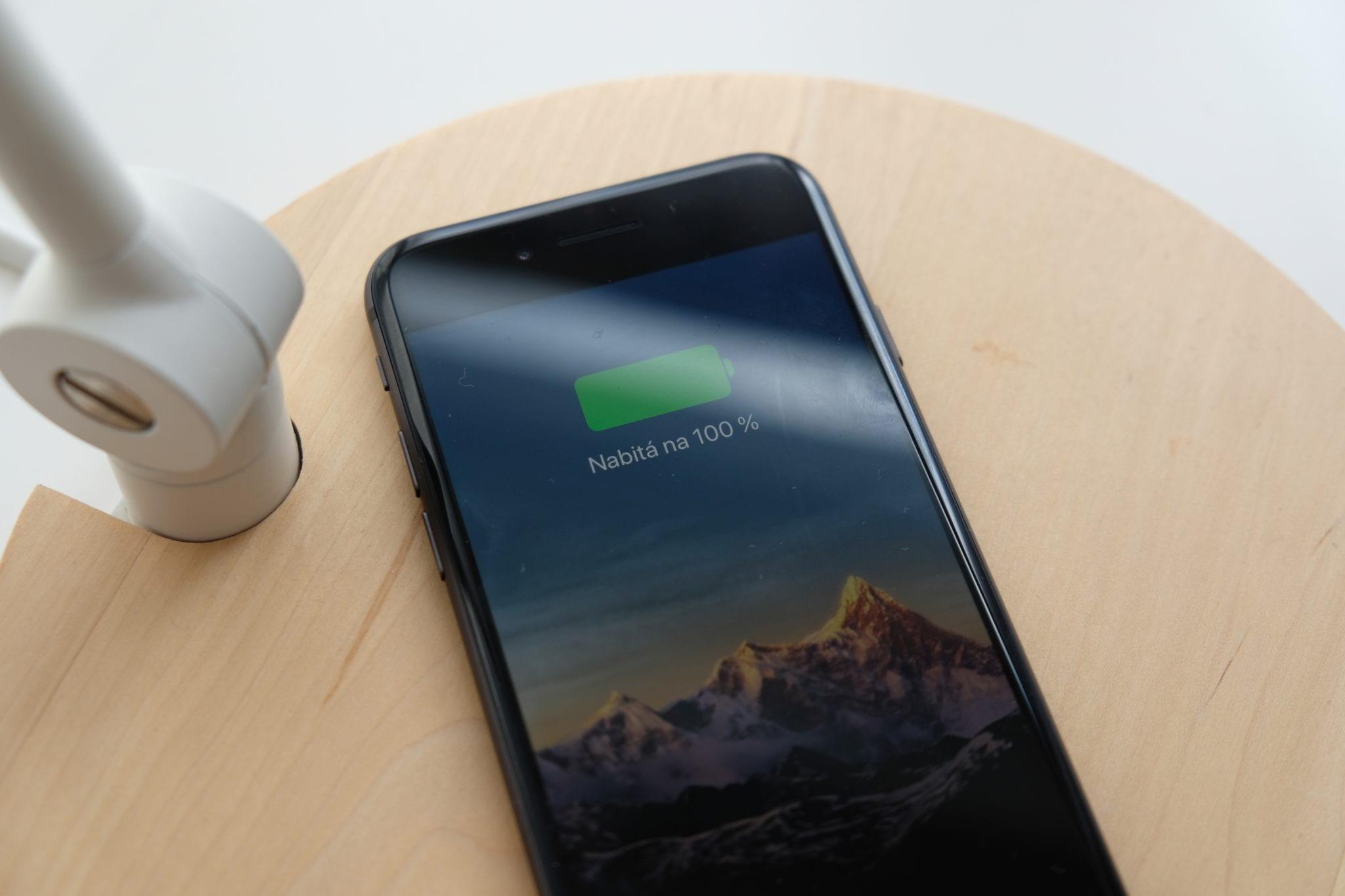 iPhone 8 bezdrôtové nabíjanie