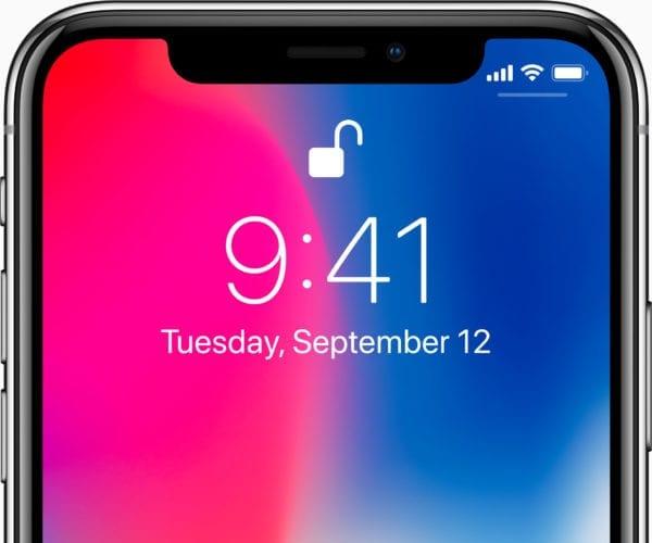 iphone x oled face id 600x500 - Apple si vybral niekoľko recenzií iPhonu X a vytvoril z nich GIF