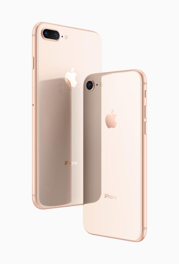 iphone 8 plus and 8 glass back 600x882 - Jak restartovat iPhone 8 pomocí tlačítek?