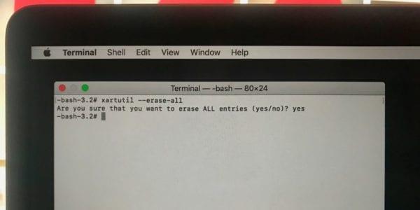 Terminal Touch Bar Command 600x300 - Plánujete prodat svůj MacBook Pro s Touch Barem? Nezapomeňte na tento krok