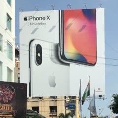 iPhone X Hyderabad 240x240 - Jak zvýšit pravděpodobnost, že si stihnete předobjednat iPhone X jako jeden z prvních?