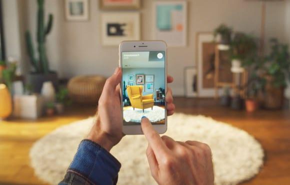 ikea place ed 580x371 - Bezplatná aplikace AR od IKEA, která vám umožní vizualizovat předměty ve vašem domě