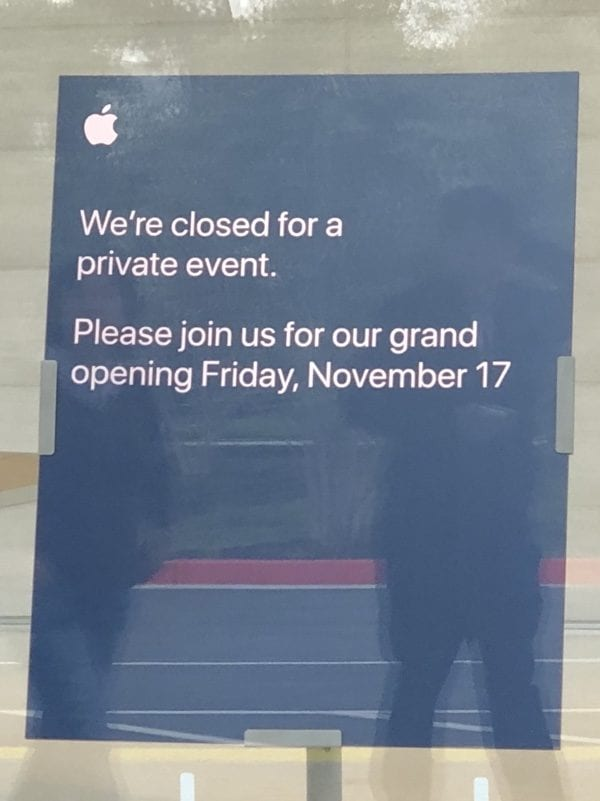 Apple Park návštěvnické centrum 600x801 - Návštěvnické centrum v Apple Parku bude otevřeno veřejnosti od 17. listopadu