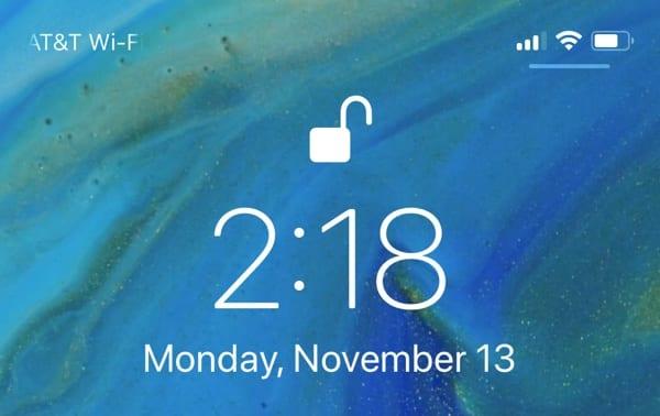 lockscreencontrolcenterbar - Apple vydal iOS 11.2, prináša Apple Pay Cash, rýchlejšie bezdrôtové nabíjanie a ďalšie zmeny