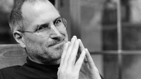 stevejobs1 600x338 - iGenius: Život Steva Jobsa (6. časť)
