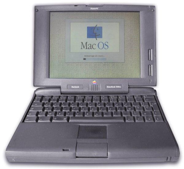 1200px Powebook5300cs 600x554 - Spät do minulosti: Apple PowerBook a MacBook