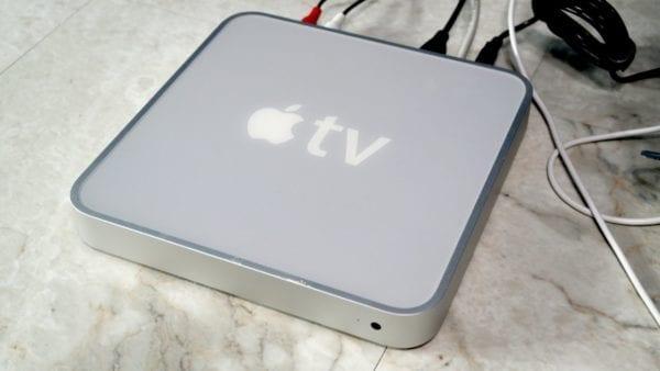 Apple TV 1st gen 600x338 - Apple 25. května (mája) ukončí podporu iTunes Store na některých zařízeních