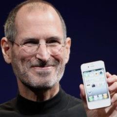 Steve Jobs  240x240 - [AKTUALIZOVÁNO] Steve Jobs by dnes slavil své 63. narozeniny