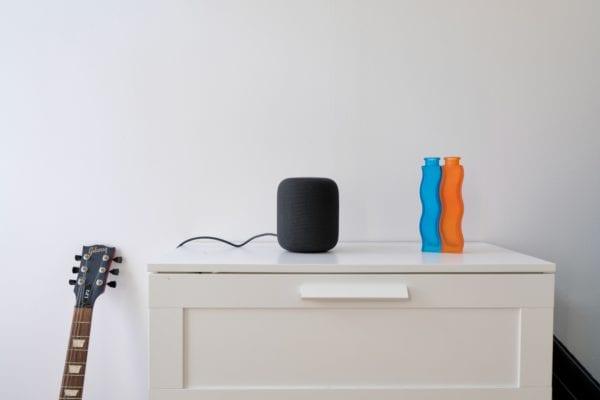 apple homepod recenzia12 600x400 - HomePod tvorí len 4% týždenných predajov smart reproduktorov