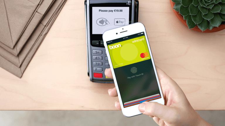 apple pay boon iphone 16x9 768x432 - Jak zprovoznit službu Apple Pay i u nás?