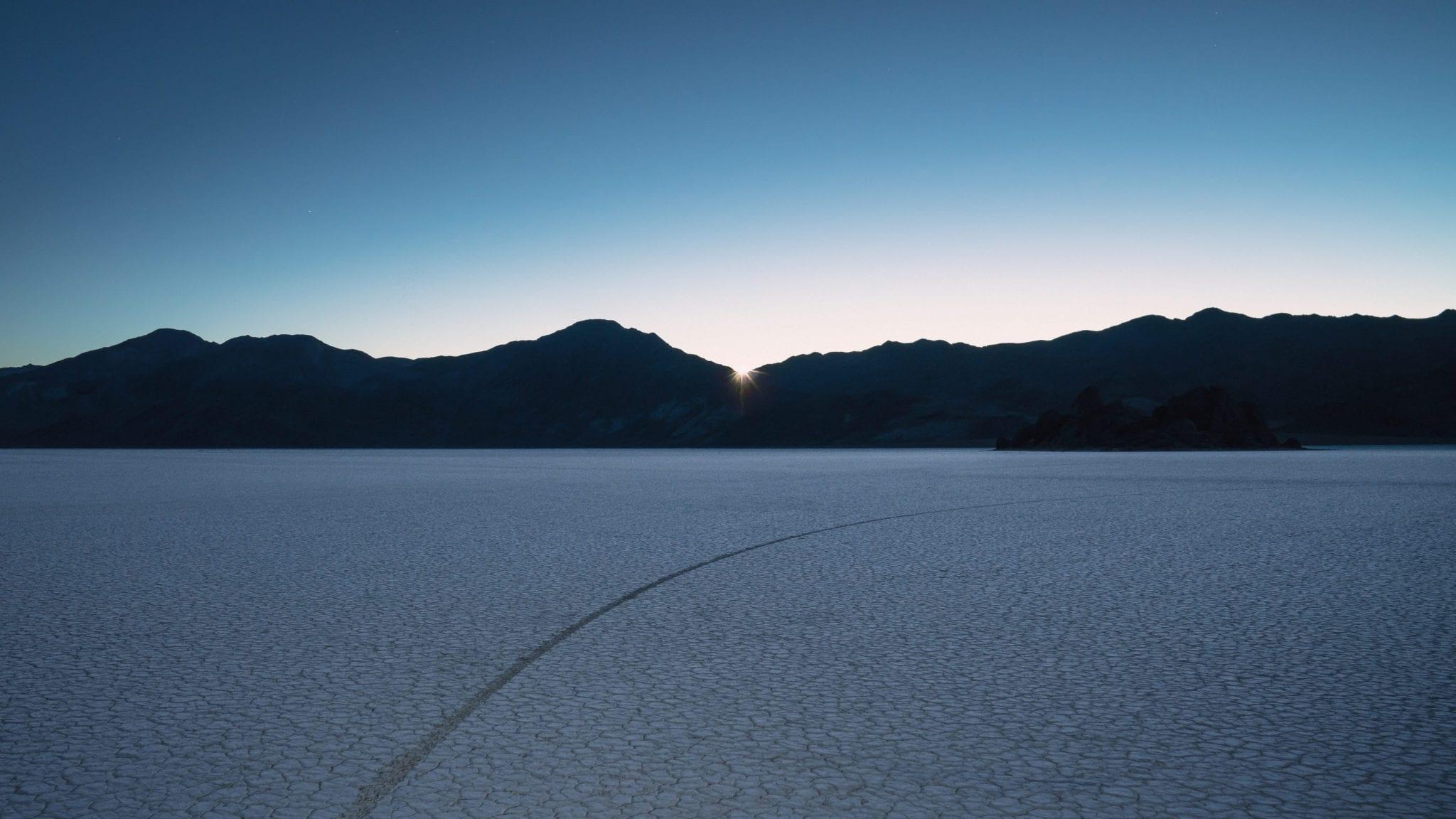 Desert 2 - Stiahnite si vyše 20 nových pozadí z macOS Mojave