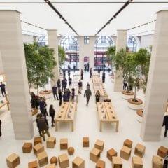 apple store regent street london 6 240x240 - Jak funguje funkce Self Checkout v kamenných prodejnách Apple?