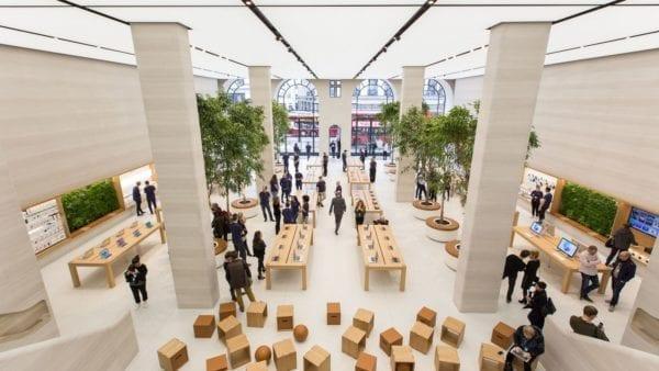 apple store regent street london 6 600x338 - Jak funguje funkce Self Checkout v kamenných prodejnách Apple?