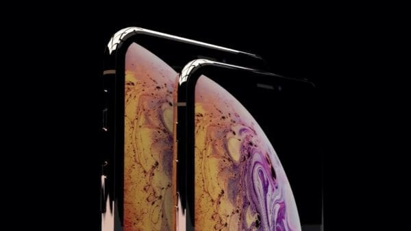 iphone xs 600x337 - Prvé recenzie iPhone XS a iPhone XS Max sú vonku: Kamera fotí lepšie, ale nie je to dôvod na kúpu