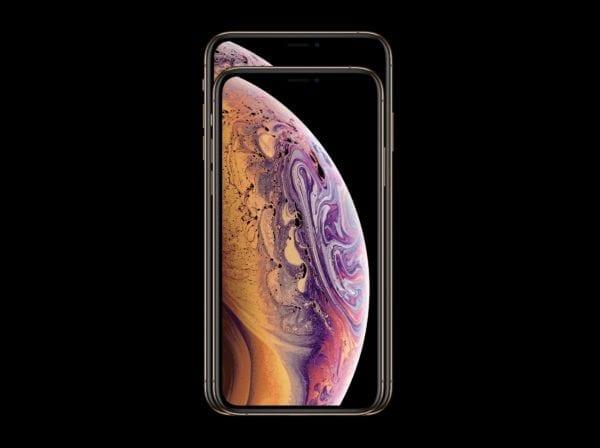iphone xs xsmax ontop 600x448 - iPhone XS Max sa predáva veľmi dobre, aj s masívnymi prirážkami za úložisko