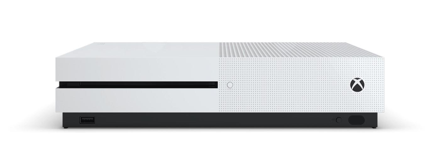 xbox one s - Apple najal bývalého dizajnéra Tesly a Microsoftu