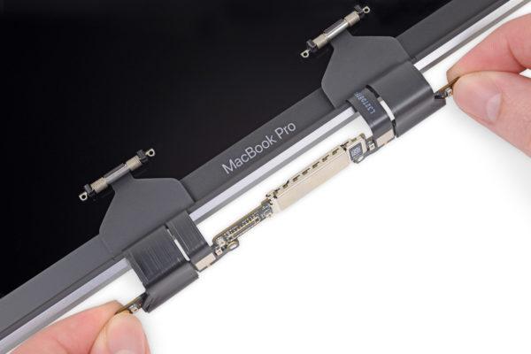 flexgate ifixit 600x400 - Flexgate: MacBook Pro má ďalší hardvérový problém