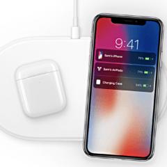 AirPods and AirPower and iPhone 240x240 - Apple vraj začne predávať nové AirPods, AirPower a iPad budúci mesiac