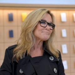 Angela Ahrendts The Apple Post 240x240 - Apple má novou vedoucí maloobchodů, Angela Ahrendts v dubnu odchází