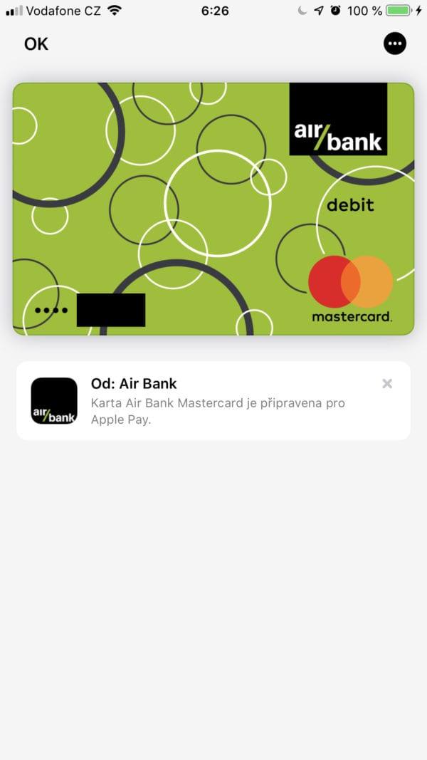 CAE777D4 D6DD 4126 B8C0 125F69EAEF72 600x1067 - Služba Apple Pay byla právě spuštěna v Česku