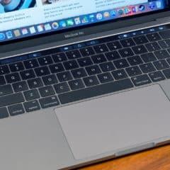 macbook pro 2016 keyboard 1500x1000 240x240 - MacBook Pro 2019 v základní konfiguraci je o 83% výkonnější, než předchozí generace