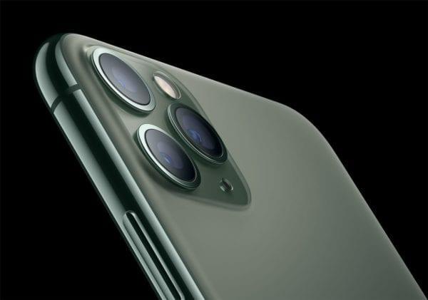 cover 13 600x421 - iPhone 11: prvé recenzie zo sveta