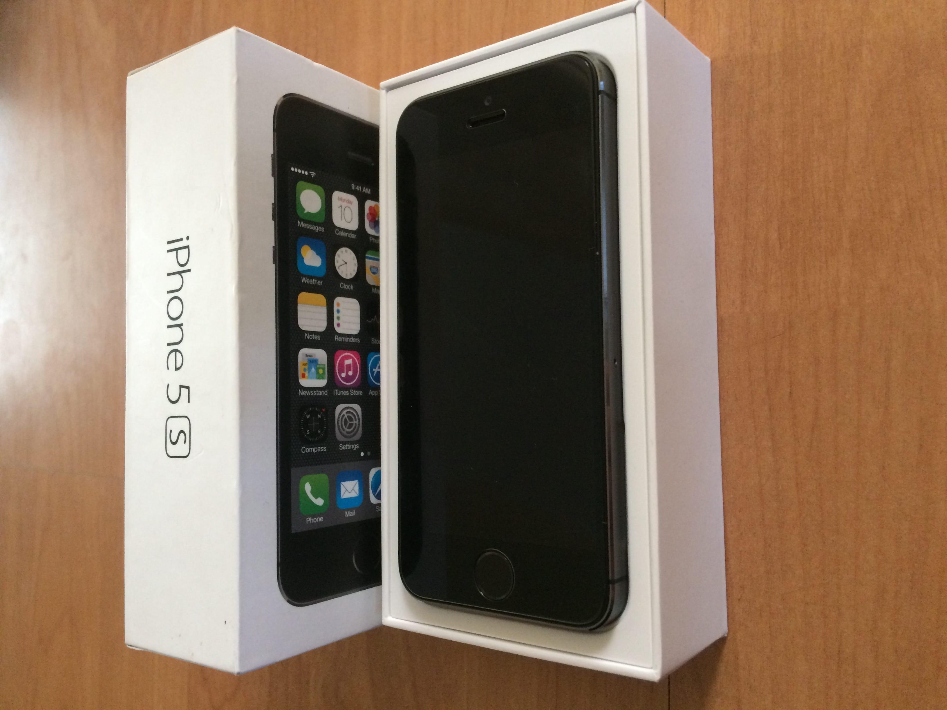 Zobraziť inzerát ~ MacBlog.sk - iPhone - IPhone 5s 64gb 6c483bc3e1a