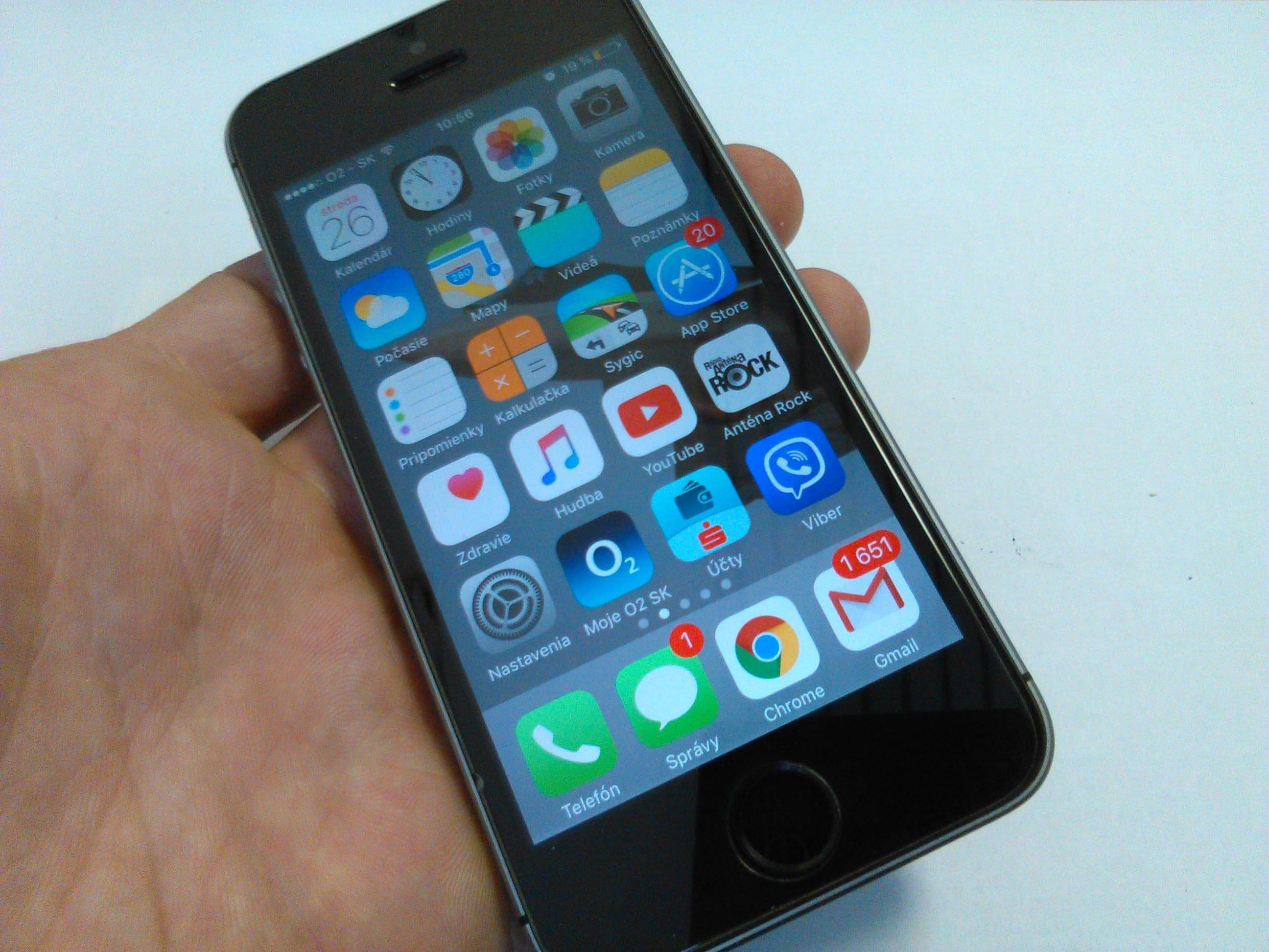 Zobraziť inzerát ~ MacBlog.sk - iPhone - Predám APPLE IPHONE SE 64GB ... 0204c622dd3