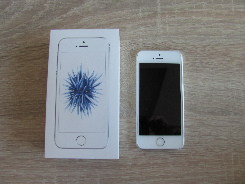 Zobraziť inzerát ~ MacBlog.sk - iPhone - iPhone SE 32GB Silver 0c6eb2417c3
