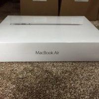 "Predam MacBook Air 13.3"" MMGG2B/A - 8GB RAM, 256GB SSD - Novy & zabaleny"