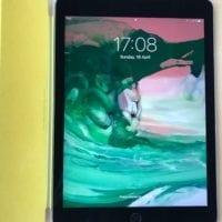 Predám iPad Air 2 64GB space gray + yellow smart cover